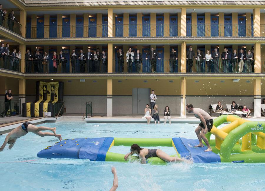 Intervilles aquatiques à la piscine Molitor à Paris